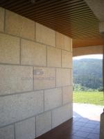 Pavement tiles and wall tiles